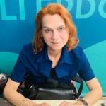 Συνέντευξη - ΑΠΕ. Ασλί Ερντογάν: Η εξορία μοιάζει με φυλακή και το τραύμα της είναι βαρύ...