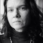 Μια συγγραφέας ζοφερών καιρών: Ο Κ. Καρακώτιας γράφει για τις ελληνικές εκδόσεις της Ασλί Ερντογάν