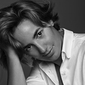 Οι περιπέτειες της Ρόζας Δελλατόλα / Υπόθεση LAURUS