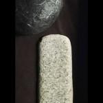 Γυναικοκτονία, συγκάλυψη και ατιμωρησία στη «Μέσα Πέτρα» της Μαρίας Μανωλέλη